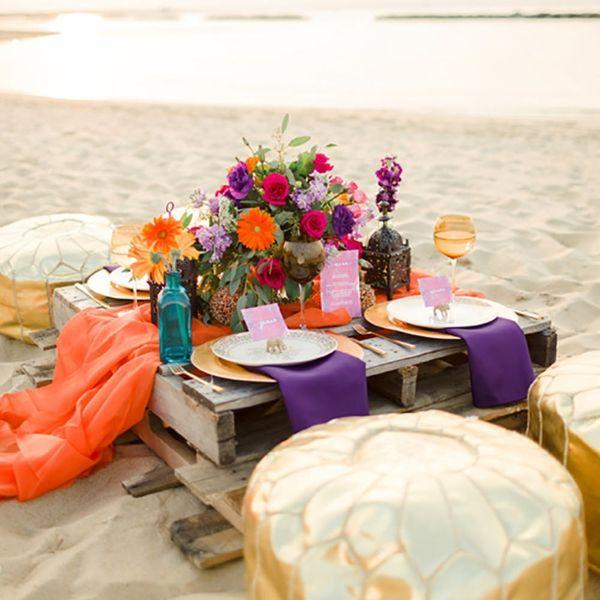 12 Wedding Pallet Decor Ideas for Your Outdoor Nuptials