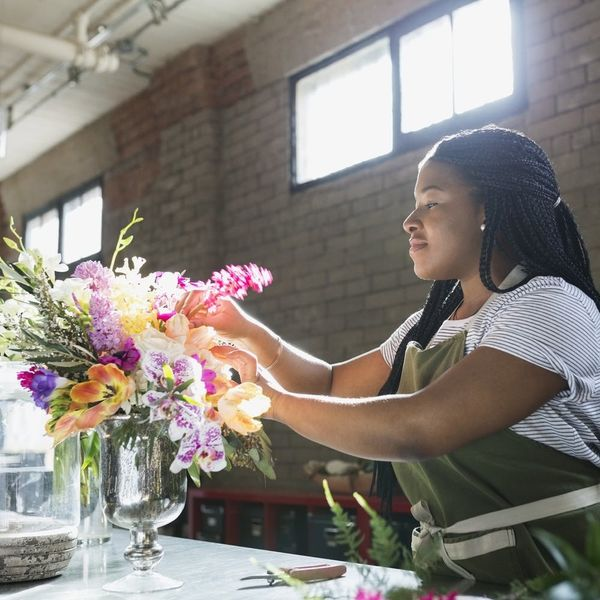 6 Signs That Pursuing a Side Hustle Might Be Right for You