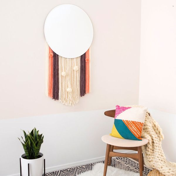 Boho Lovers, This DIY Statement Wall Hanging Mirror Is for You