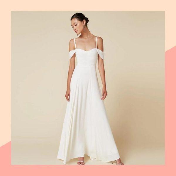 11 Beach Wedding Dresses That Cost Less Than $500