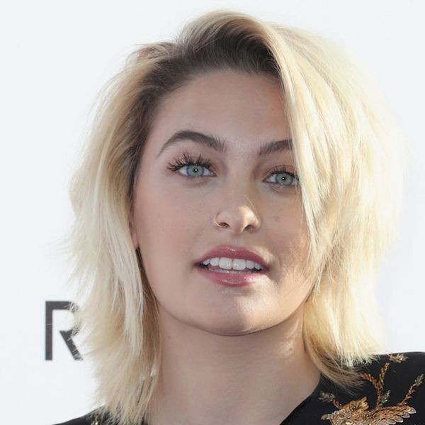 Paris Jackson Likes to Go Barefoot at Award Shows and Who Can Really Blame Her?