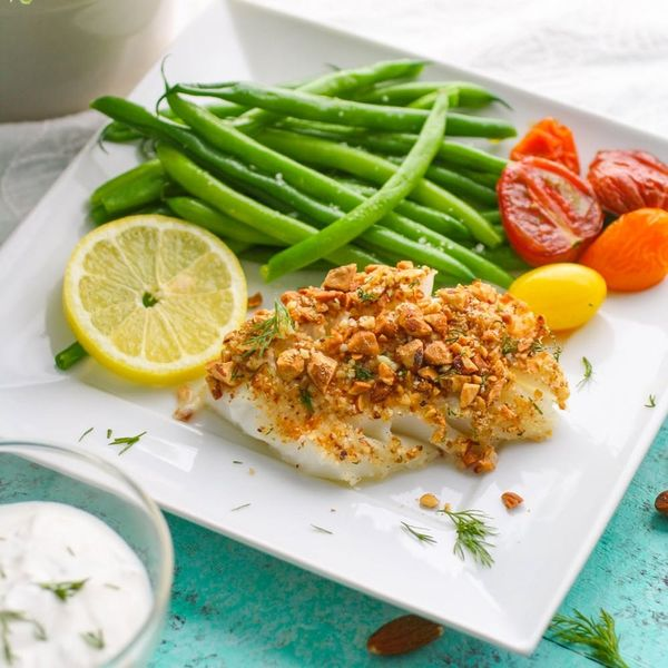 A Must-Make Lean-Protein Dinner: Try This Baked Almond-Crusted Cod Recipe