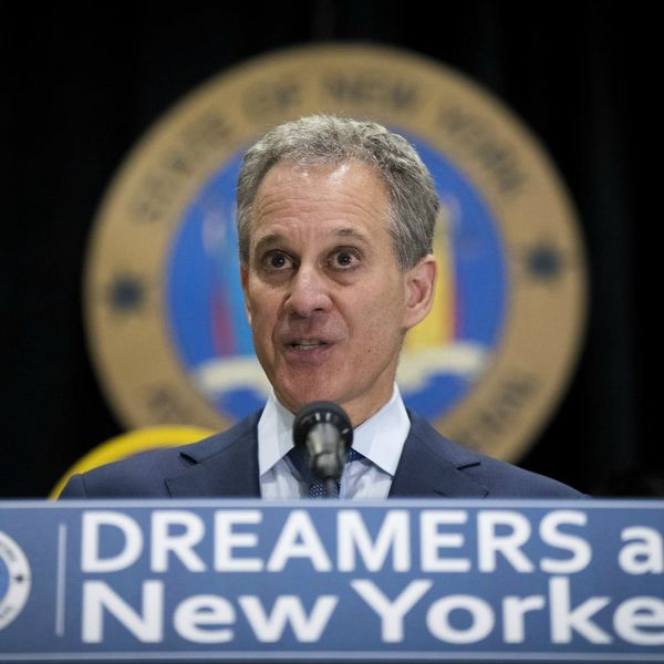 New York Attorney General Eric Schneiderman Is Leading a Group of States Possibly Suing the FCC Over Net Neutrality
