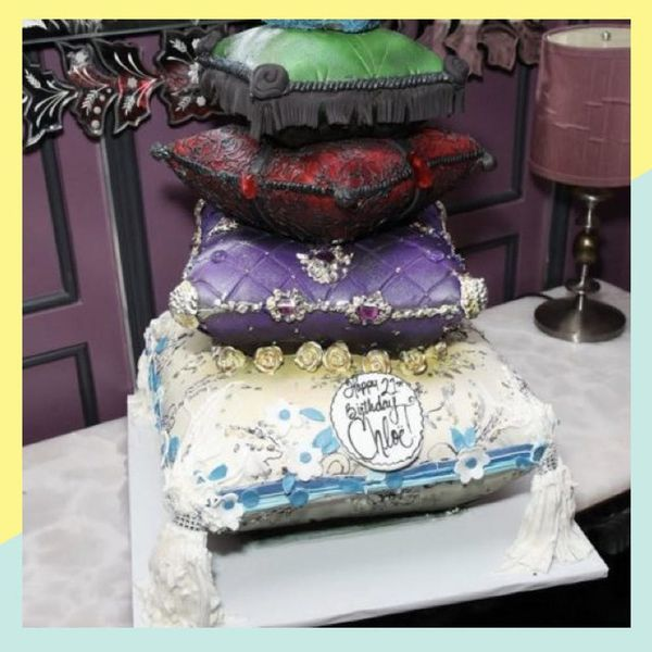 Chloë Grace Moretz Had the Most Outrageous Cake at Her 21st Birthday Party