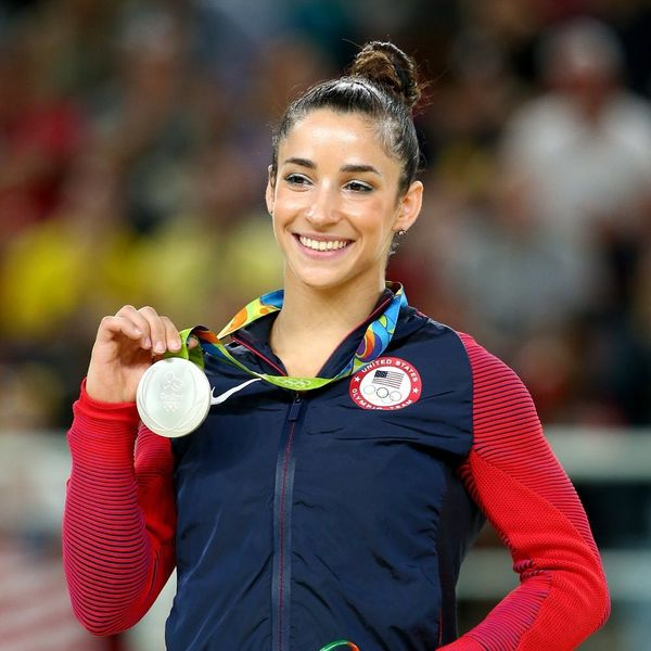 Aly Raisman and Oakland Raiders' Colton Underwood Are Hooking Up, Social Media-Style