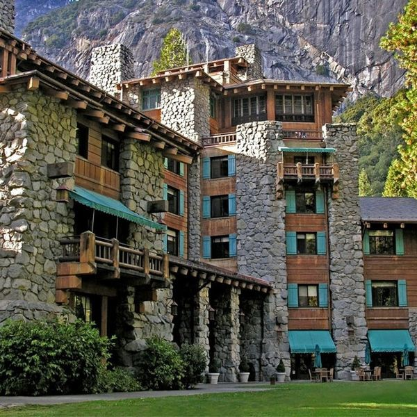 10 Breathtaking Accommodations in National Parks