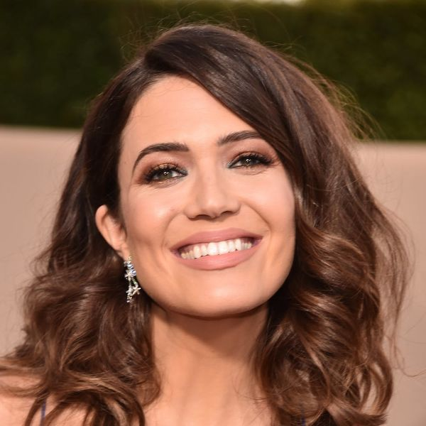 Mandy Moore's 2018 SAG Awards Gown Was a Throwback to Her Dress from 14 Years Prior