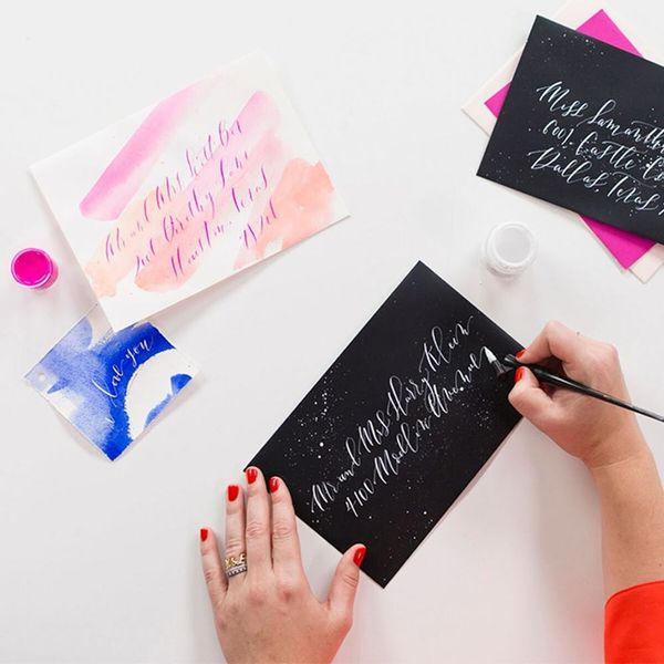 Gift Guide for the Lettering Lovers (Save 25% on Lettering Classes – Today Only!)