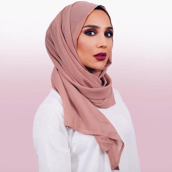 Meet Amena Khan: The First Model to Wear a Hijab in a Major Hair Campaign