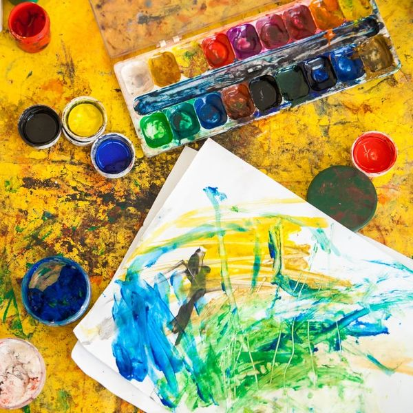 9 Reasons to Embrace Messy Crafting With Kids