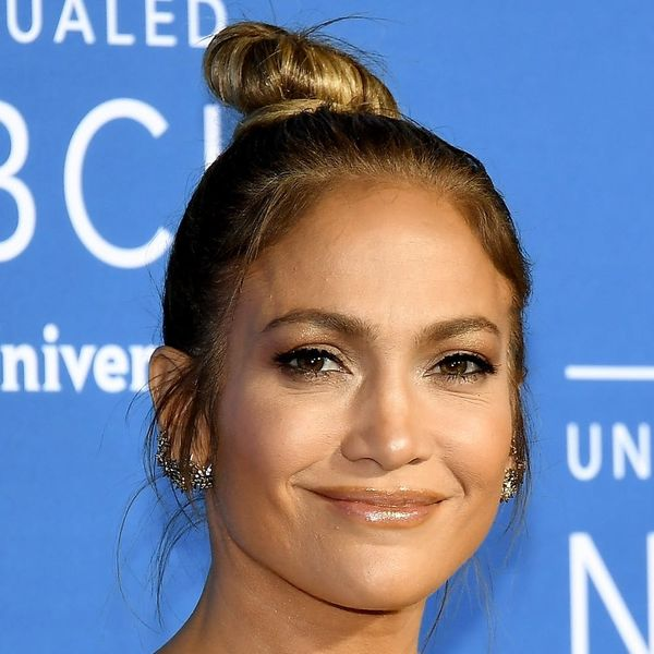 Jennifer Lopez's Manicurist Clues Us in to the Nail Trend That's *So* Dead for 2018