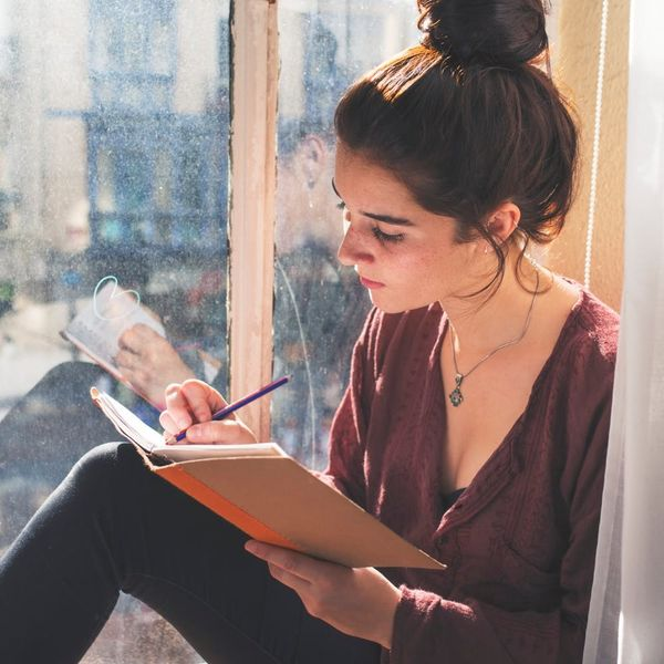 5 Ways Keeping a Journal Can Help You Be More Mindful