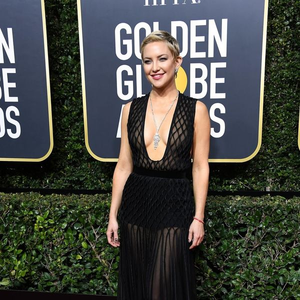 This $33 Accessory Kept Kate Hudson Warm Under Her Valentino Gown at the Golden Globes