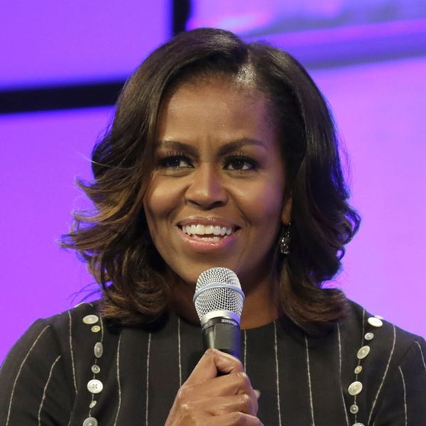 See the Chic Holiday Ensemble Michelle Obama Wore for the Family Christmas Card
