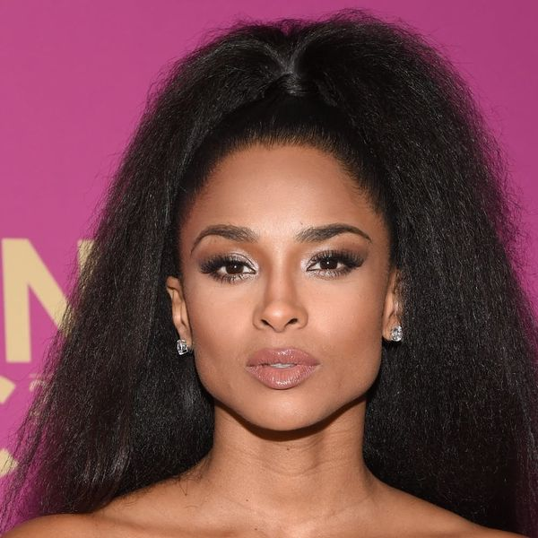 Ciara's Curly Retro 'Do Is Giving Us *MAJOR* 'Flashdance' Vibes