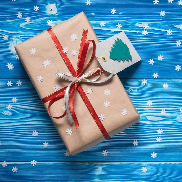 7 Easy Ways to Make a Big Impact When You Give Back This Holiday