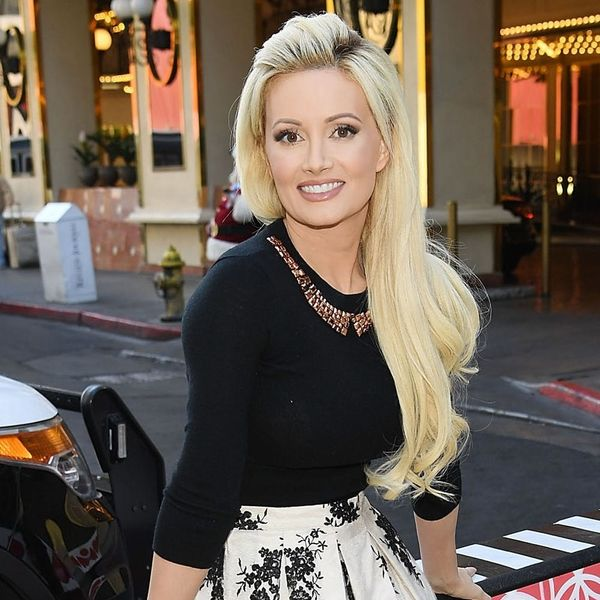 Here's Where You Can Order Holly Madison's Magical AF Rainbow Glitter Pizza