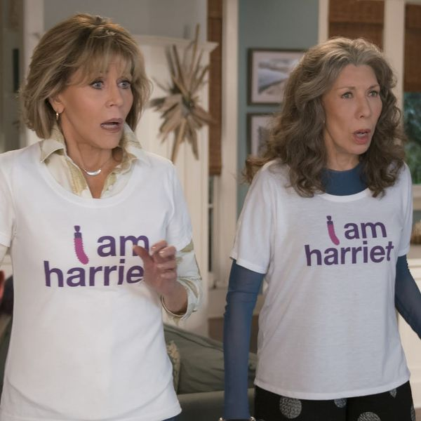 Grace and Frankie's Season 4 Trailer Gives Us a Baby, an Open Relationship, and Lisa Kudrow!