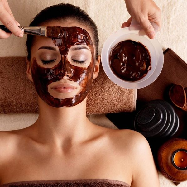 11 of the Most Luxurious Holiday Beauty Treatments to Give and Get This December