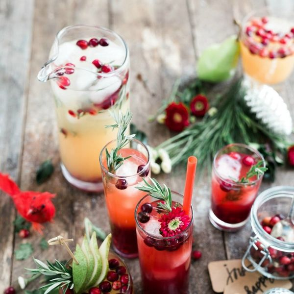5 Tips for Hosting a Stress-Free, Last-Minute Holiday Party