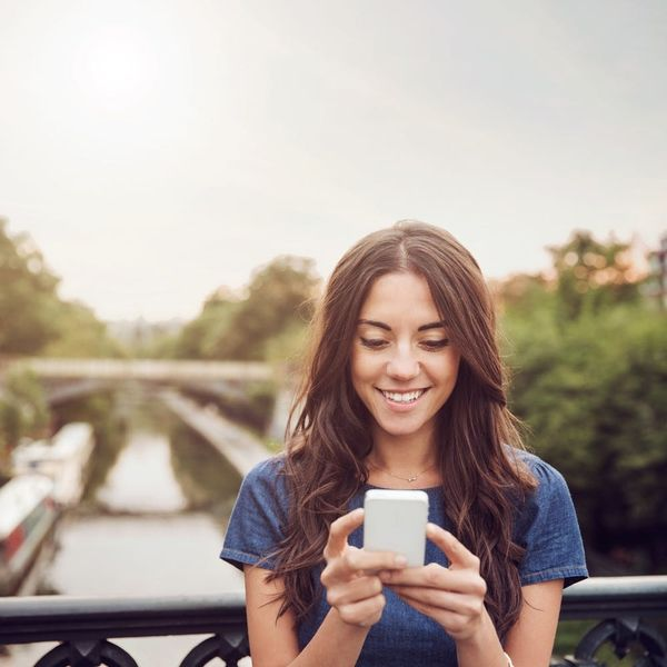 This Dating App Runs Background Checks on All Your Potential Dates