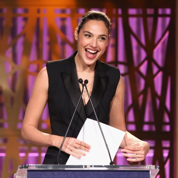 """Gal Gadot Surprised a College Student With a """"Wonder Woman"""" Scholarship"""