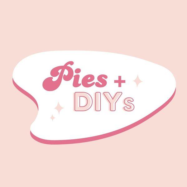 Pie + DIYs : Farmgirl Flowers Teaches Us How to Make a Wreath for the Holidays