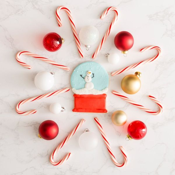 Learn How to Decorate Cookies With Royal Icing (+ Get 40% Off For a Limited Time!)