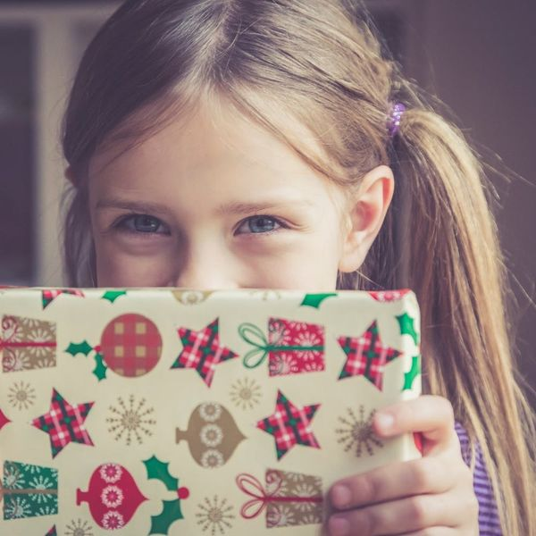 4 Ways to Avoid Excessive Gift Giving This Season