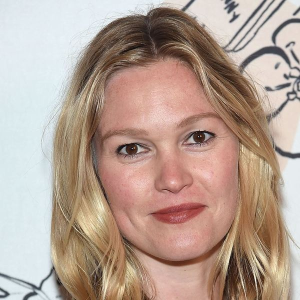 Julia Stiles Had the BEST Response for Mommy Shamers Accusing Her of Holding Her Baby Improperly