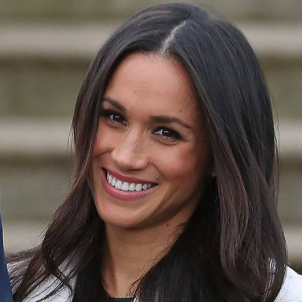 See What Meghan Markle Wore for Her First Engagement Photo Op With Prince Harry