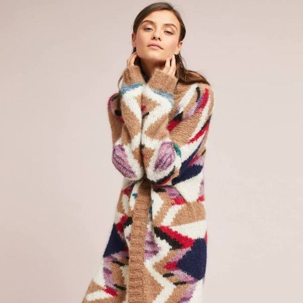 The Roomiest Fashion Buys to Wear for Thanksgiving (That Aren't Embarrassing!)