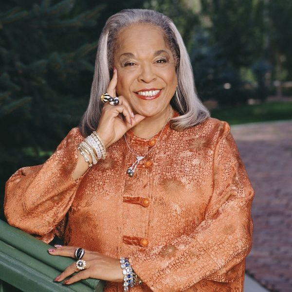 """""""Touched by an Angel"""" Star Della Reese Has Died at Age 86"""