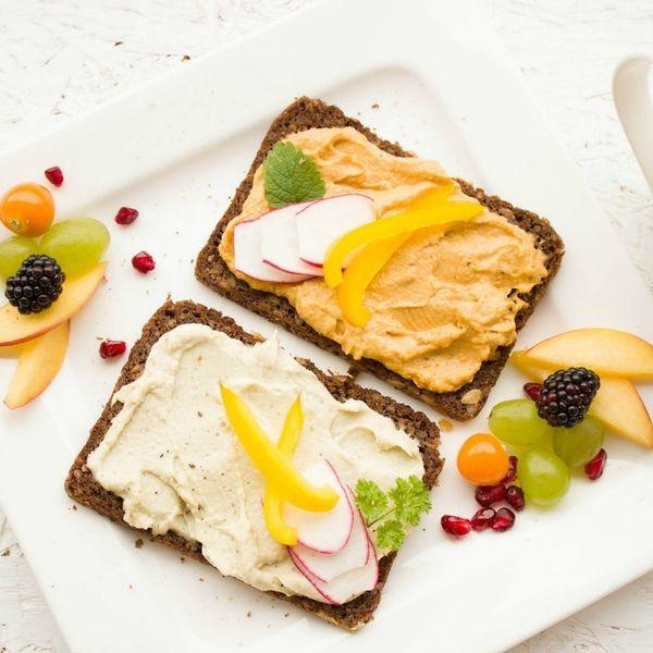 6 Vegetarian Bloggers to Follow That Bridge the Gap to Veganism