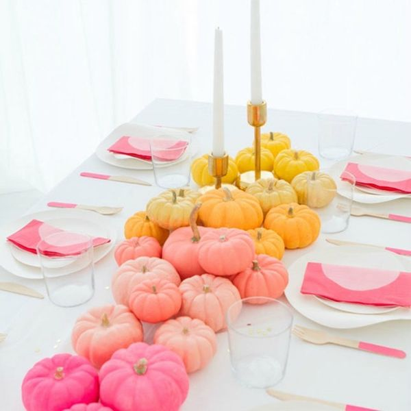 12 Pastel Thanksgiving Table Decor Ideas for the Sweetest Spread