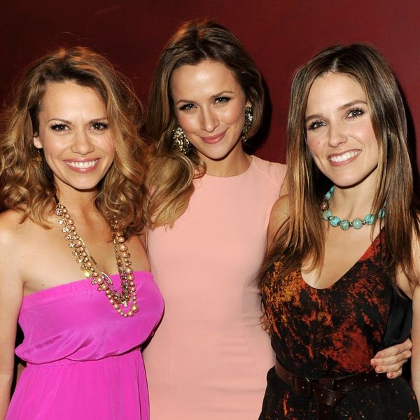 """""""One Tree Hill"""" Cast and Crew Accuse Show Creator Mark Schwahn of Sexual Harassment"""