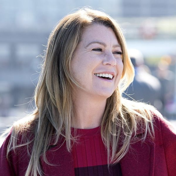 """""""Grey's Anatomy"""" Diehards Will Love These Little Details from the Show's Oral History"""