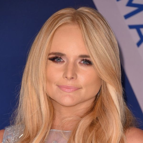 Miranda Lambert Wore a Breathtaking Cinderella-Style Gown to the CMAs