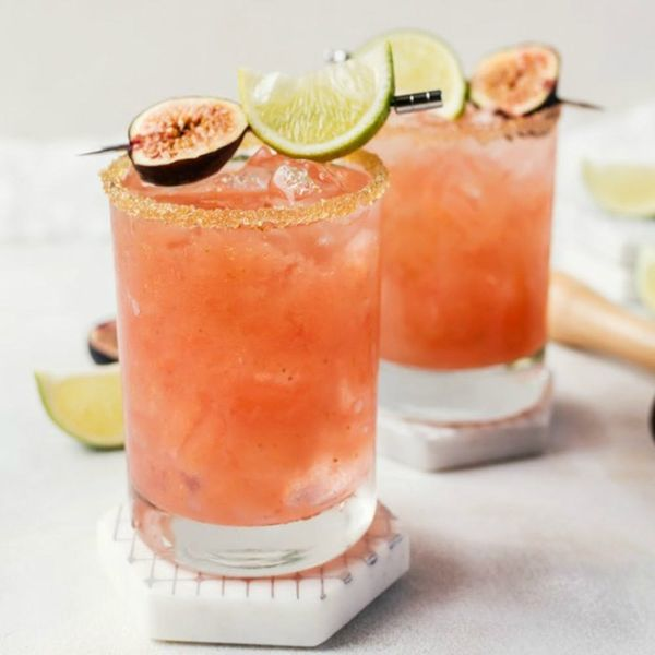 10 Fancy Fig Cocktails for the Season