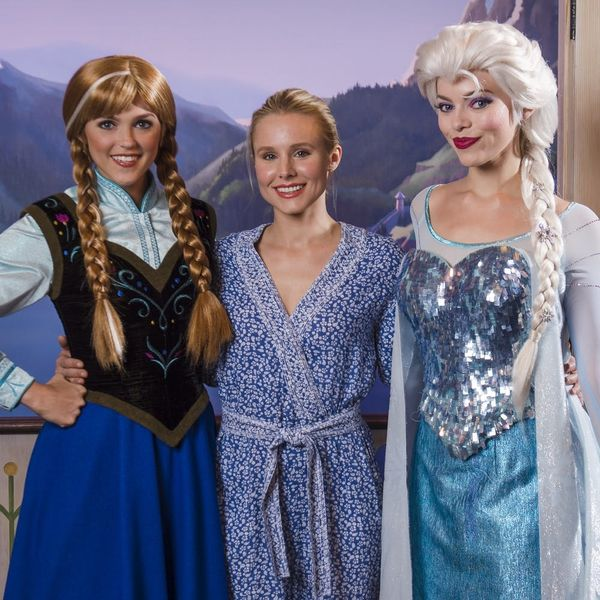 "See Kristen Bell Dressed Up As Elsa from Disney's ""Frozen""… With a Twist"