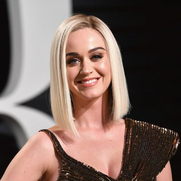 Morning Buzz! Katy Perry Chops Her Hair Off After Split With Orlando Bloom and Looks Totally Different + More