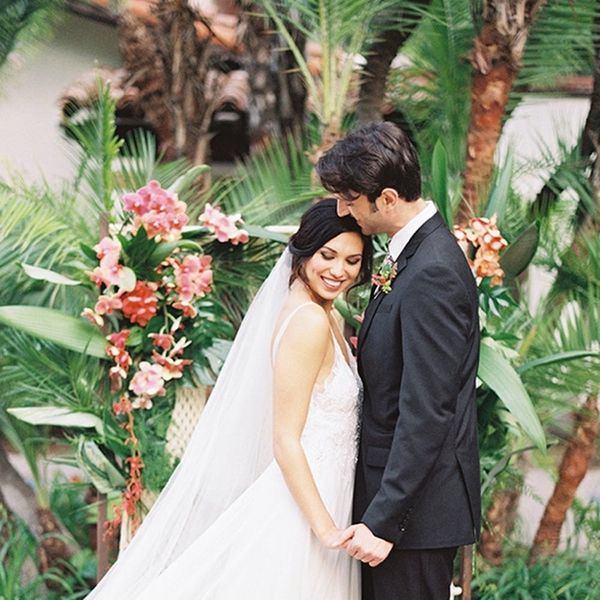 This Tropical Wedding Shoot Is Pure Destination Inspo