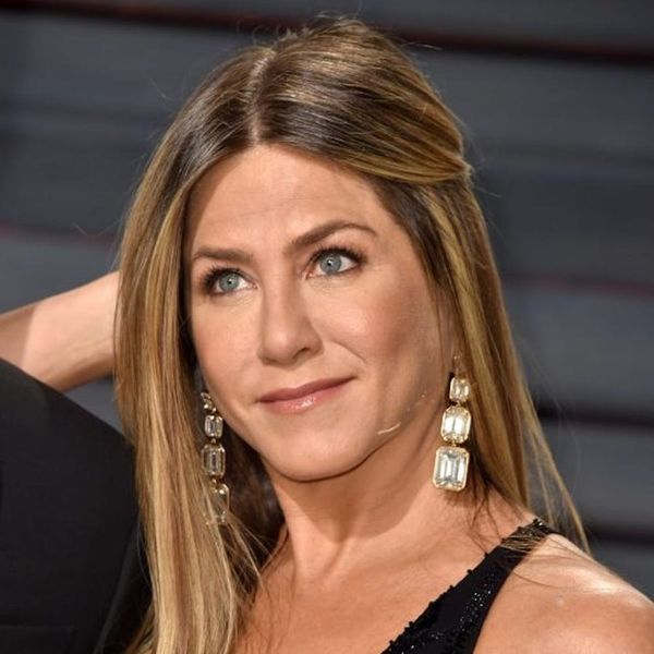 Every Detail on Jennifer Aniston's  Natural Makeup at the Oscars 2017
