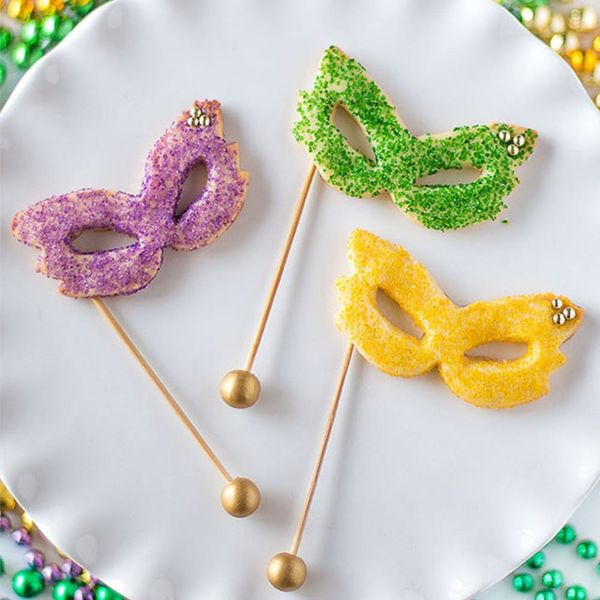 20 Mardi Gras Party Ideas to Let the Good Times Roll