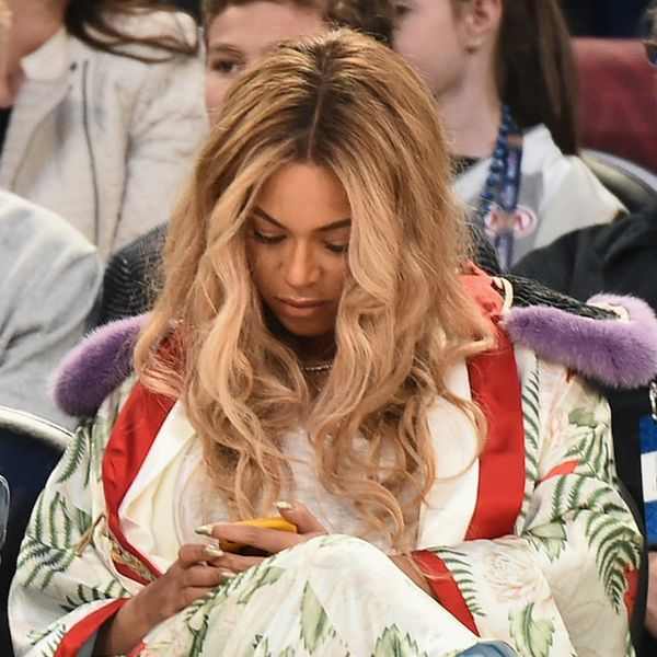 Morning Buzz! Beyoncé Fans Are Freaking Out Over Her Secret Snapchat Account + More