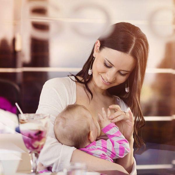 6 Tips for Breastfeeding in Public