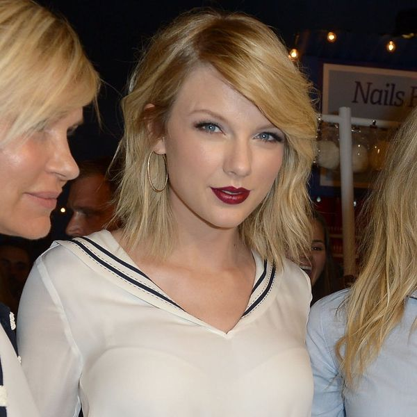 This Taylor Swift Lookalike Looks More Like Taylor Swift Than Taylor Swift Does