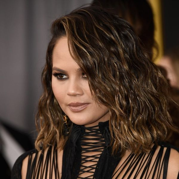 Chrissy Teigen's Grammys Hairstyle Broke a Major Beauty Rule