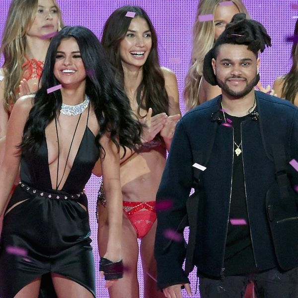 People Think This Pic of Selena Gomez's Parents Looks JUST Like Her and The Weeknd
