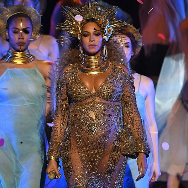 Beyonce's Grammys Performance Is Basically Her Pregnancy Instagram Come to Life